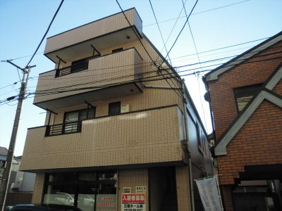 柏駅徒歩5分の最上階角部屋の1R!!!!